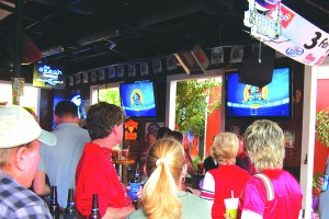 watch the big game at the beach on bourbon sports bar